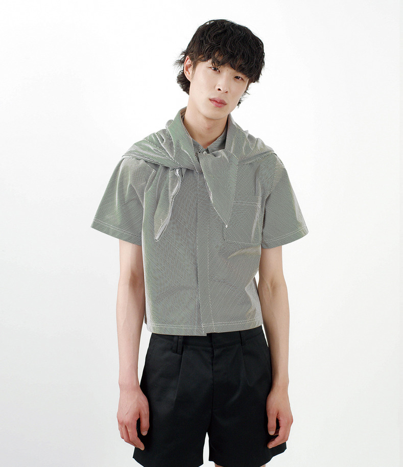 [16 s/s Go on a Trip]Crop stripe shirt(BLACK)